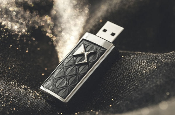 Citroën LifeStyle -  Ključ USB DS, Black Chrome (8 GB)